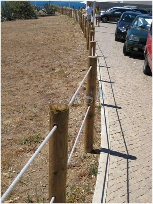 Art culos mobiliario urbano vallas o talanquera - Vallados de madera ...