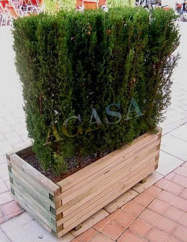 la jardinera est fabricada con madera de pino flandes con tratamiento autoclave ms lasures barniz al agua especial para exterior
