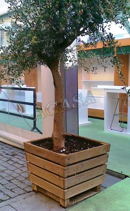 Art culos mobiliario urbano jardineras jardineras de for Jardineras de madera para exterior